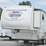 2007 COPPER CANYON/KEYSTONE 302RLS 33 FT. 5TH WHEEL W/2 SLIDES – $15995 (Rochester)